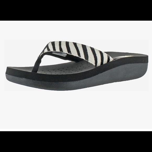 Volatile Zibra Sandals